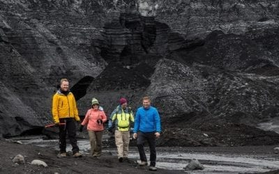 10 Reasons to Use a Local Tour Guide in Iceland
